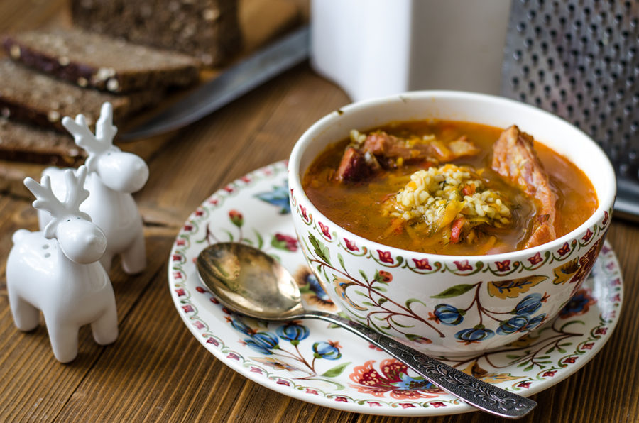 Суп с булгуром и копчеными ребрышками/Soup with bulgur and smoked ribs