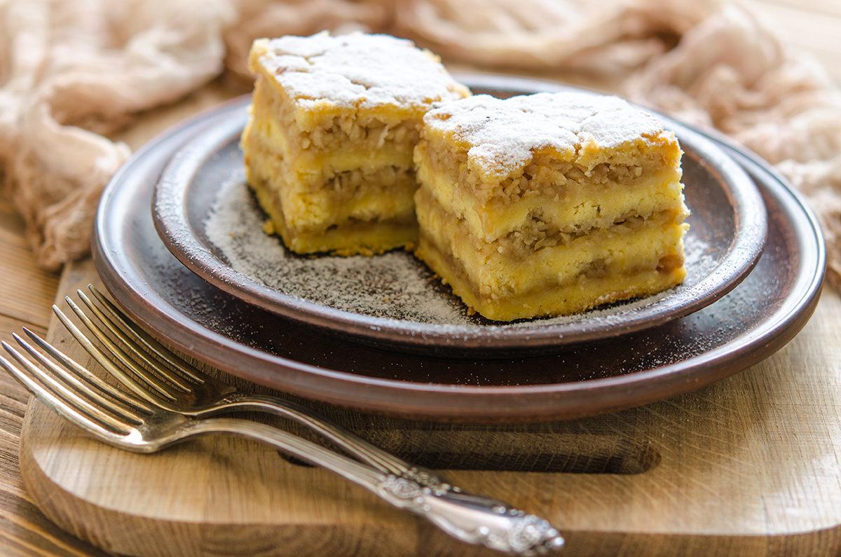 Яблочный насыпной пирог с кукурузной мукой