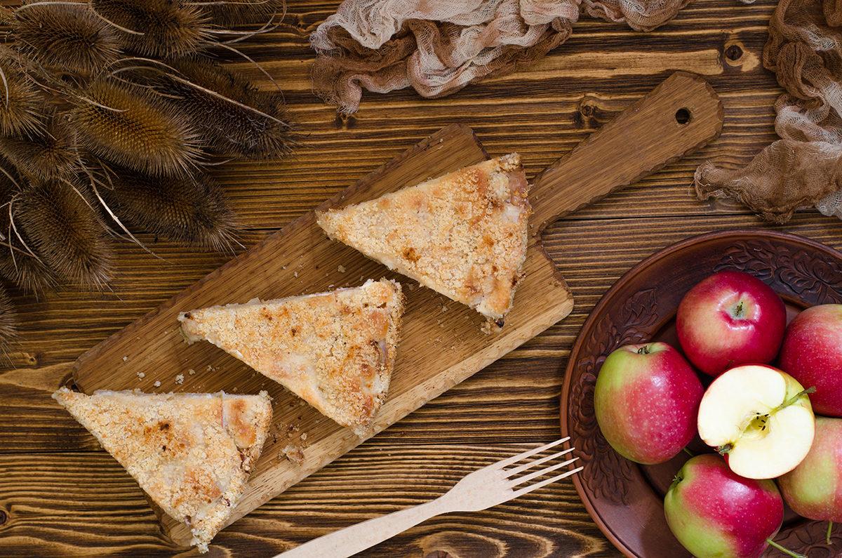 Яблочный пирог со сметанной заливкой(без яиц)