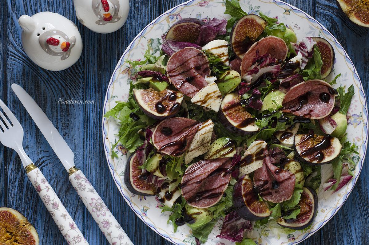 Салат с инжиром авокадо и моцареллой