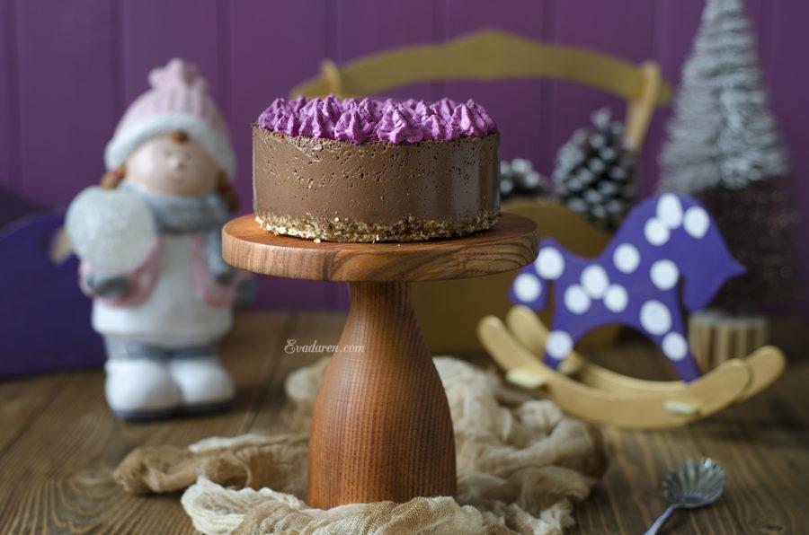 шоколадный чизкейк с финиками и порошком асаи