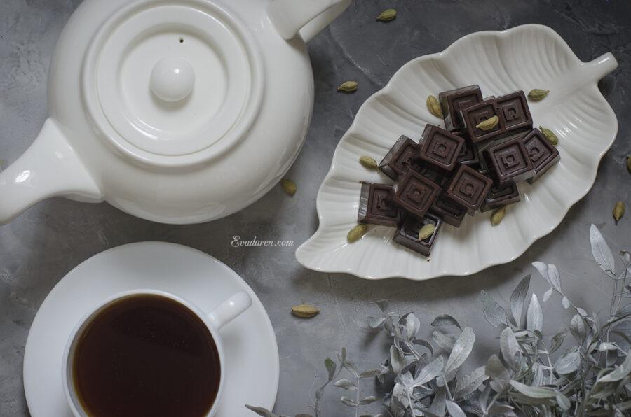 Шоколад с чили и кардамоном
