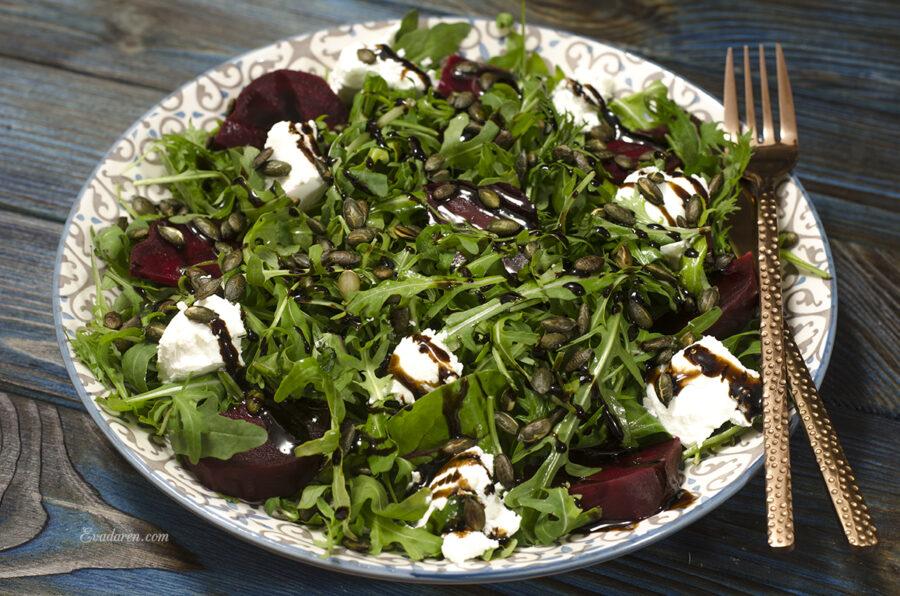 Салат со свеклой и фетой