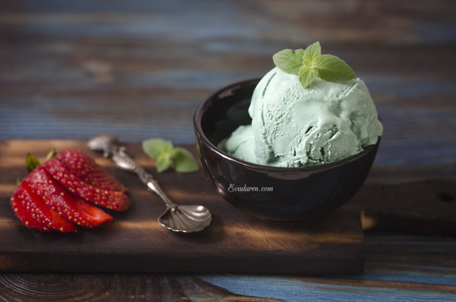 Домашнее мороженое со спирулиной
